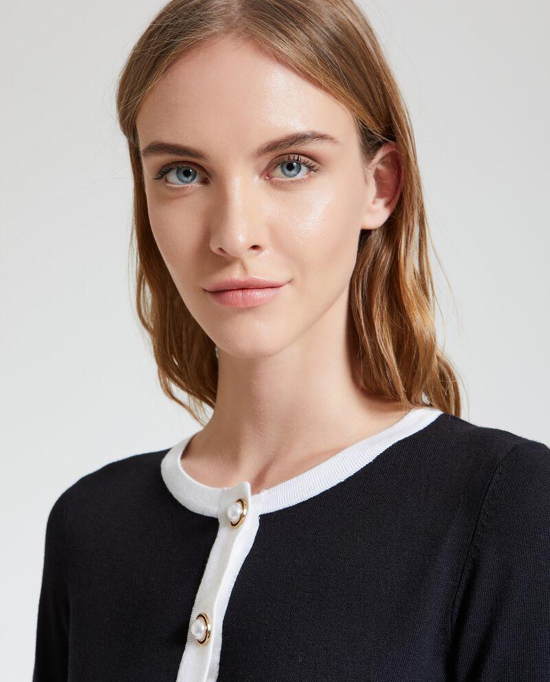 Cardigan con profili a contrasto donna
