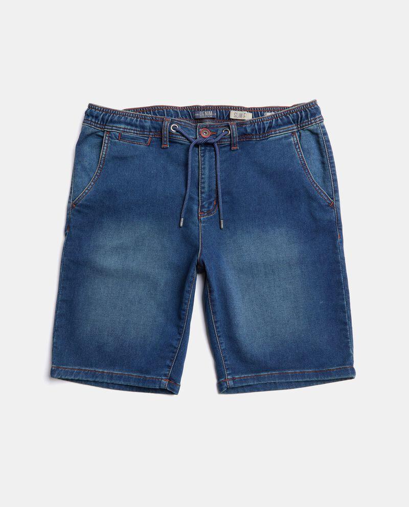 Bermuda in jeans con cordoncino in vita uomo cover
