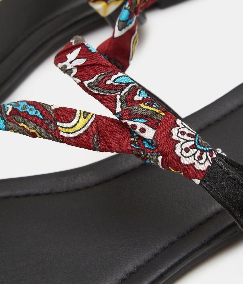 Sandalo basso con nastro stampato donna
